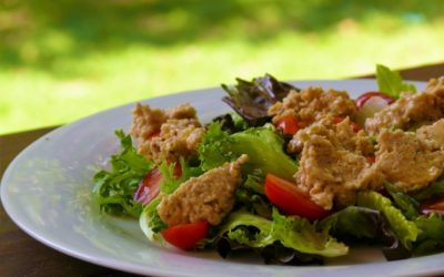 Healthy lunch idea: Falafel-mayo salad