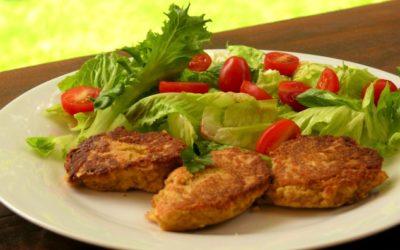 Healthy Lunch Recipe: Falafel balls and salad